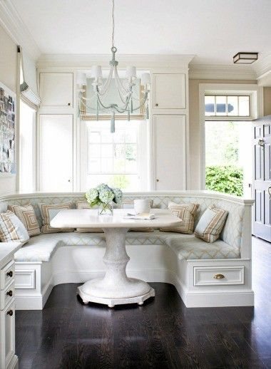 breakfast-nook